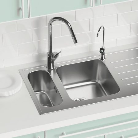 Sink Close Up_with TapCC